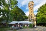 Veranstaltung auf der Waldbuehne vor Spiegelslustturm 2 Foto Kronenberg
